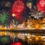 Años Nuevos de exhibición del fuego artificial en Gdansk Fotografía de archivo