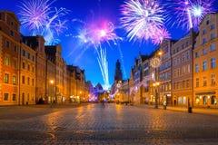 Años Nuevos de exhibición del fuego artificial en Wroclaw Imagen de archivo