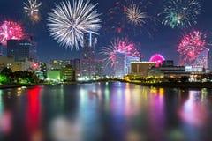 Años Nuevos de exhibición del fuego artificial en Yokohama Fotos de archivo