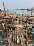 Aúlle en el pueblo pesquero de la explosión Bao cerca del faro Imagenes de archivo