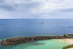 Aúlle en la costa del Fort-de-France de la ciudad, Martinica Fotografía de archivo