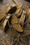 Aún fotografía conceptual de la vida de los pedazos de pan atados con t Fotos de archivo libres de regalías