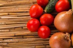 Aún una vida hermosa de verduras maduras Imagen de archivo