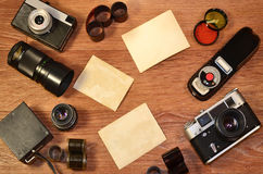 Aún-vida con el equipo viejo de la fotografía Fotografía de archivo libre de regalías