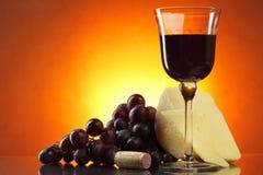 Aún-vida con el vino rojo Imagen de archivo