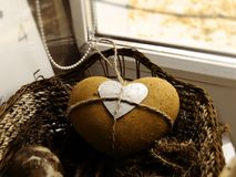 Aún-vida con la loza de barro heart2 Fotos de archivo libres de regalías