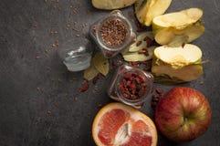 Aún-vida de comidas rurales Imagenes de archivo