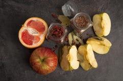 Aún-vida de comidas rurales Fotos de archivo libres de regalías