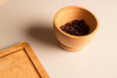 Aún-vida de granos de café Fotografía de archivo libre de regalías