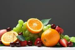 Aún-vida de la fruta fresca Fotos de archivo