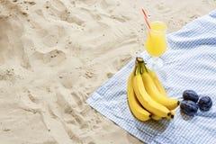 Aún-vida de la playa Concepto del verano Tener buen tiempo en la playa Fotografía de archivo libre de regalías