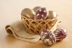 Aún-vida de los huevos de Pascua Imagenes de archivo