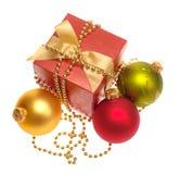 Aún-vida de Navidad en blanco. Fotografía de archivo