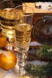 Aún-vida del Año Nuevo con champán Imagen de archivo libre de regalías