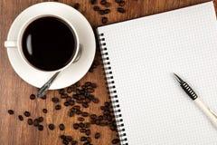 Aún-vida del asunto con la taza de café Fotos de archivo