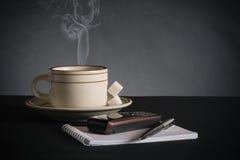 aún-vida del hombre de negocios. Imagen de archivo libre de regalías