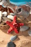 Aún-vida del mar el mensaje Imágenes de archivo libres de regalías