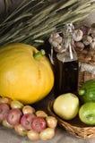 Aún-vida del otoño con las verduras en estilo rural Fotografía de archivo