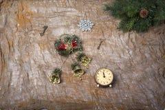 Aún-vida del ` s del Año Nuevo - postal en el fondo del despido Foto de archivo