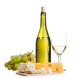 Aún-vida del vino y del queso Fotografía de archivo libre de regalías
