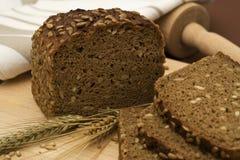 Aún-vida entera del pan del grano Imágenes de archivo libres de regalías