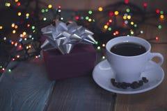 Aún vida festiva con una taza de café Foto de archivo libre de regalías