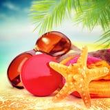 Aún vida hermosa de los artículos de la playa Imágenes de archivo libres de regalías