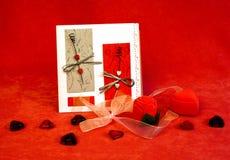 Aún-vida para el día de tarjetas del día de San Valentín Imágenes de archivo libres de regalías