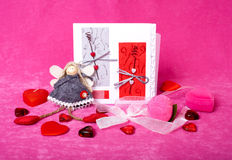 Aún-vida para el día de tarjetas del día de San Valentín Imagen de archivo