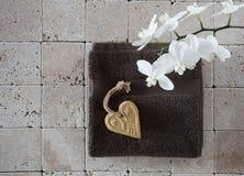 Aún-vida para el tratamiento de la belleza de las tarjetas del día de San Valentín, endecha plana, visión superior Fotografía de archivo libre de regalías