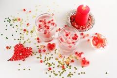 Aún vida romántica Celebración del día del ` s de la tarjeta del día de San Valentín del santo Primer Imágenes de archivo libres de regalías