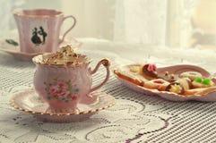 Aún-vida y tortas del café Fotos de archivo libres de regalías