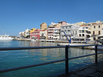 Ażio nikolaos Wysoce Rozwijać Turystyczni miasteczka w Grecja, Crete Obraz Royalty Free