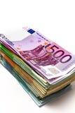 以a的形式,不同的欧洲票据在桌上延长 免版税图库摄影