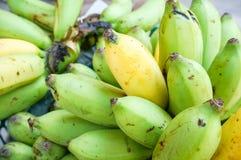 Free A Bunch Of Bananas Royalty Free Stock Photos - 41572848