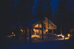 Free A Cozy Wooden Cottage Chalet House Near Ski Resort In Winter Royalty Free Stock Image - 96058896