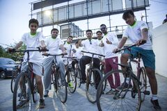 Free A Group Of Young Persons Are Getting Ready For Cyclothon Stock Photo - 175626960