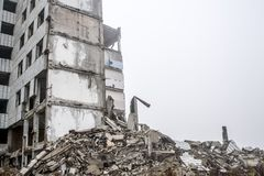 Free A Huge Pile Of Gray Concrete Debris From Piles And Stones Of The Destroyed Building. Copy Space Royalty Free Stock Image - 138666606