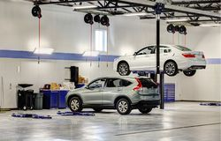 Free A Modern Car Repair Shop With Hydraulic Lifts. Royalty Free Stock Images - 159637439
