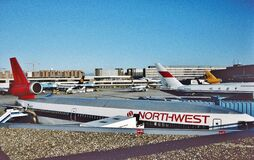 Free A Northwest Airlines McDonnell Douglas DC-10-40 At The Gate On A Busy Day Stock Images - 183794464