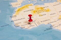 Free A Red Pin On Côte D`Ivoire Of The World Map Royalty Free Stock Images - 170208389