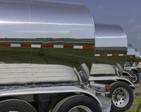 Free A Row Of Stainless Steel Chemical Tank Wagons Royalty Free Stock Photography - 166633087