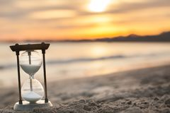 Free A Sandglass, Modern Hourglass Or Egg Timer With Shadow Showing The Last Second Or Last Minute Or Time Out. Stock Photos - 136839363