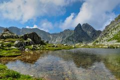 Free A Spectacular Landscape Of A Lake In Retezat Mountains, Romania Stock Photo - 107275540