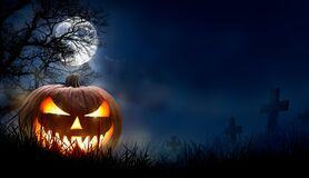 Free A Spooky Halloween Pumpkin, Jack O Lantern, With An Evil Face And Eyes Royalty Free Stock Photos - 196395108