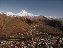 Free A Village In Georgia At The Foot Of Mount Kazbek Royalty Free Stock Image - 185661186