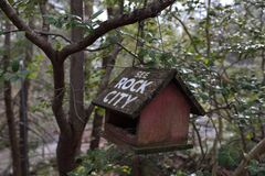 Free A Wooden Bird House With White Inscription `See Rock City` Stock Photos - 171289283