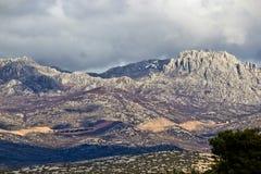 A1 estrada, estrada da montanha de Croatia - de Velebit Foto de Stock Royalty Free