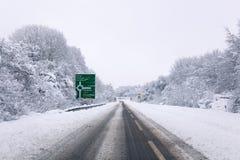A31 abgedeckt im Schnee Stockfoto