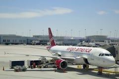 维尔京准备好美国空中客车A320的航空器在拉斯维加斯机场离开 免版税库存照片